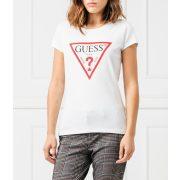 Guess női gumírozott anyagú póló elején nagy méretű logóval fehér színben