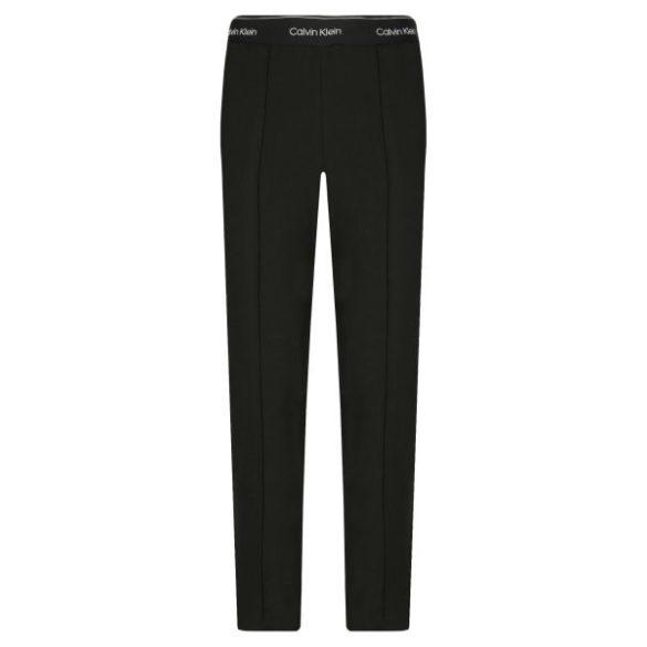 Calvin Klein női jogger nadrág derekán gumírozott fekete színben